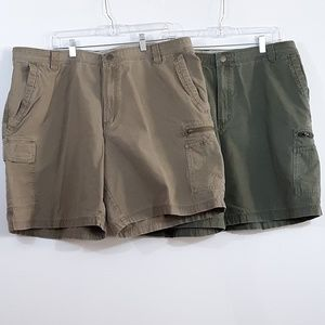 Columbia Cargo Shorts Bundle of 2 Pair Green Brown